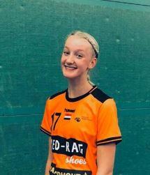 Lynn uit vwo 4 maakt debuut in Nederlands dameshandbalteam onder 16